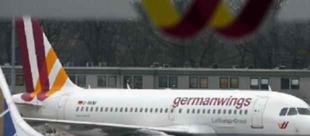 Lufthansa aguarda conclusões dos peritos.