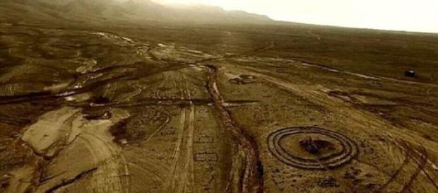 Structuri misterioase din desertul Gobi