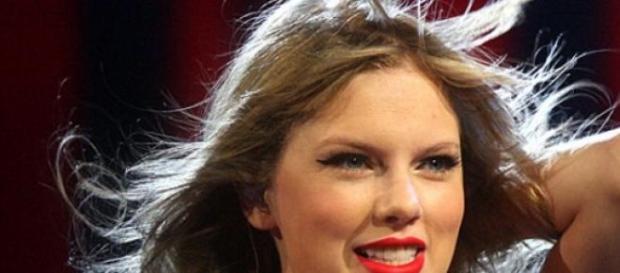 Taylor Swift 2012 bei einem Auftritt in Sidney.