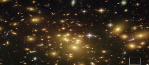 Es una galaxia que sorprende a los científicos