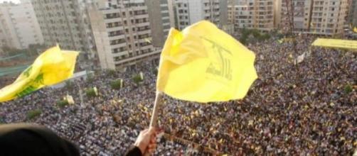 Masivo acto de Hezbollah en Beirut