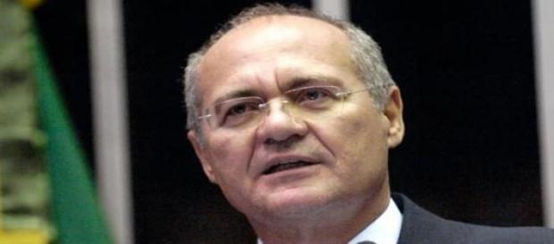 Renan Calheiros defende soberania do Congresso