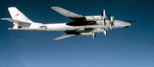 Bombardeiros russos continuam a surgir na Europa.