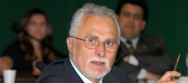José Genoino tem pena extinta pelo STF