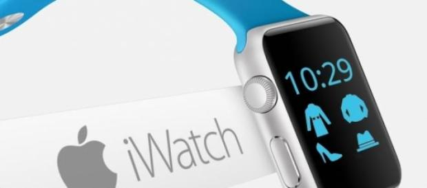 l'Apple Watch, attendue en avril 2015