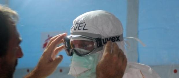 Teste de vacina contra o ebola é iniciado