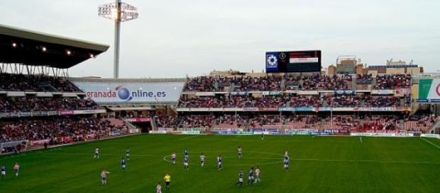 Estadio Nuevo Los Carmenes.