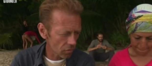 Rachida con Rocco sul rapporto Cristina - Alex