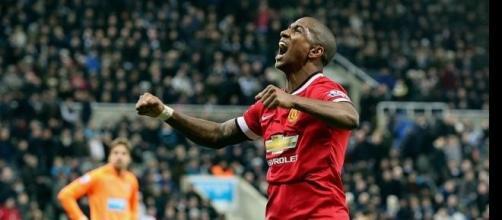 Ashley Young celebrates scoring Man Utd's winner