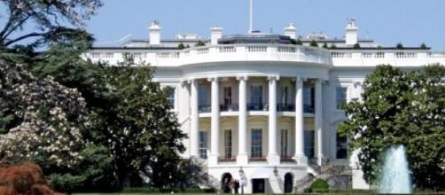 Incidente de pânico junto à Casa Branca.