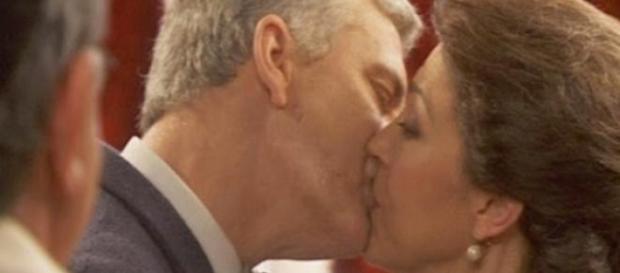 Francisca e Leon si sposano, perchè?