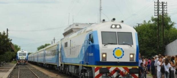 Tras 50 años se renuevan los trenes en el país