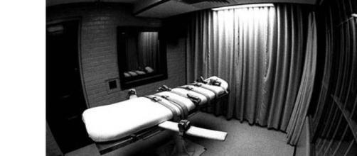 Abogado pide pena de muerte para los homosexuales