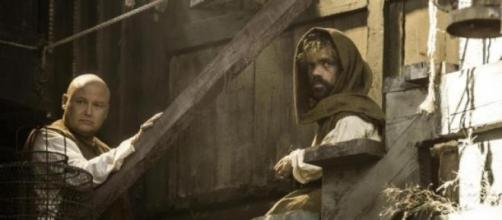 Varys y Tyrion Lannister en Volantis