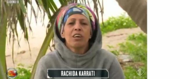 Isola dei famosi: Rachida offende Cecilia.