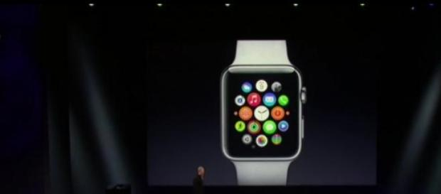 Tim Cook apresentou a versão final do Apple Watch.