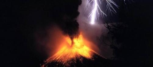 Los gases de los volcanes iniciaron la extinción