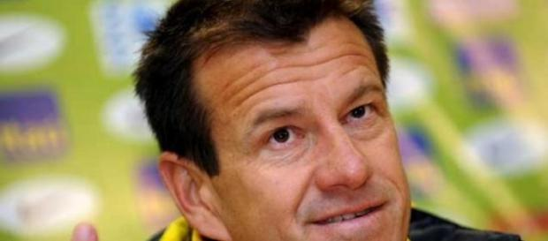 Dunga volta ao comando da seleção brasileira.
