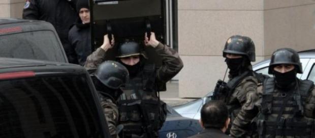 La prise d'otages a mal tourné à Istanbul.