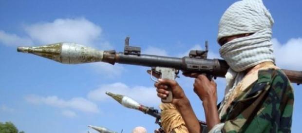 teroristi, uciderea a 40 de persoane
