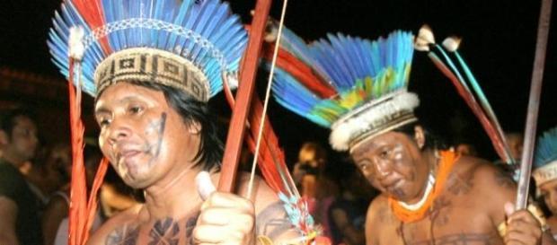Indios brasileiros vivem assédio de pastores