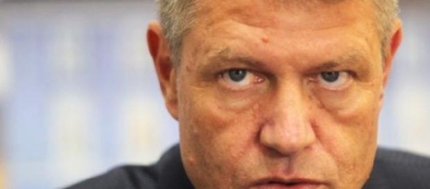 Klaus Iohannis a reintors o lege la Parlament