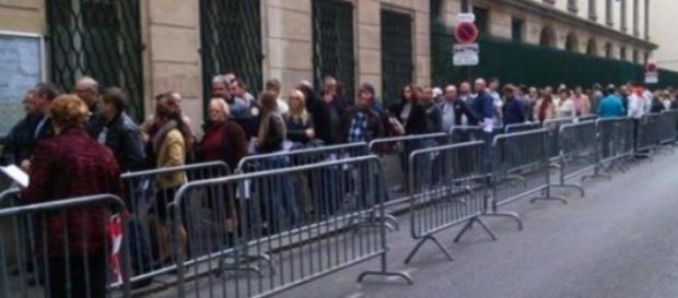 Romani la coada sa voteze