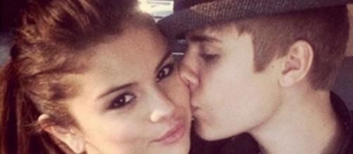 Justin Bieber quer encontrar-se com Selena Gomez.