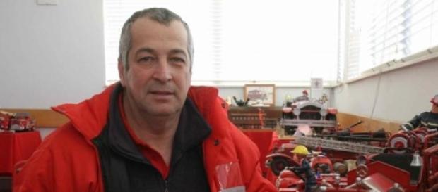 Armindo Fernandes é bombeiro e colecionador