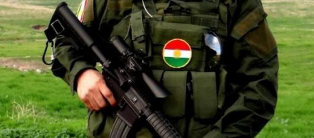 Curdos encetam tiroteio com tropas turcas.