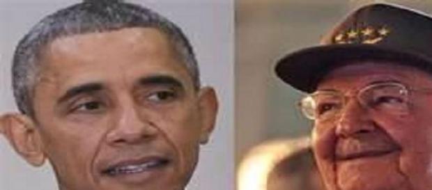 Obama e Raùl Castro, storica stretta di mano