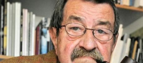 Moreu Günter Grass, Nobel da Literatura.