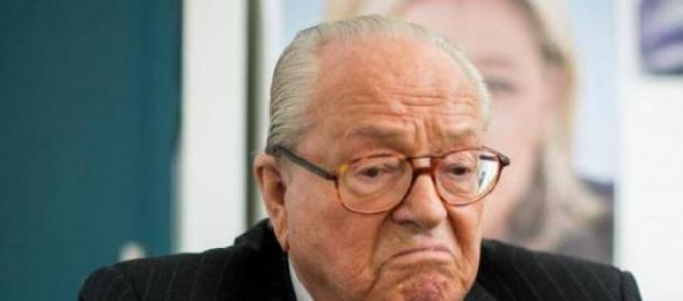 Jean Marie Le Pen a cédé face à sa fille
