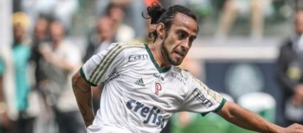 Valdivia entra bem contra o Botafogo neste domingo