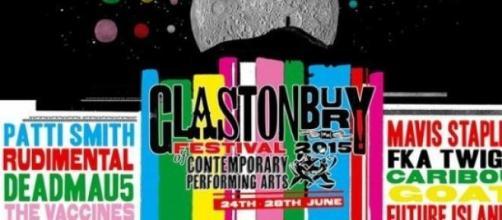 Cartaz da edição de 2015 do Glastonbury.
