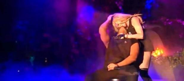 Drake e Madonna beijaram-se no Coachella.