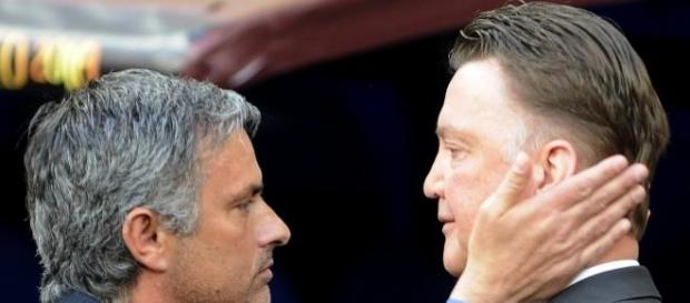 Mourinho and Van Gaal battle for Nathaniel Clyne.