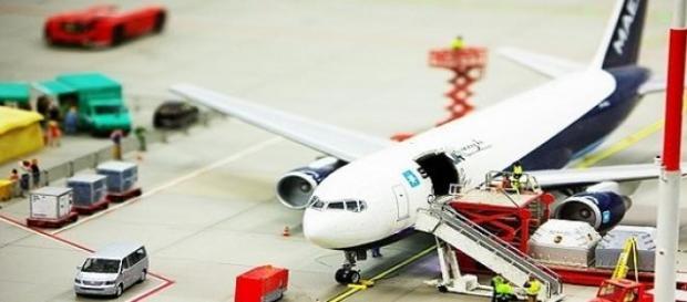 Avión en preparación antes de volar