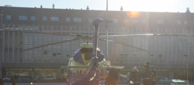 Mãe e dois filhos continuam internados no Porto