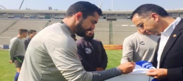 Javier Lozano le pidió disculpas a Hérculez Gómez
