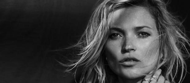 Kate Moss siempre sorprende. En eso reside su fama