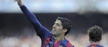 Suárez e Messi fizeram os golos da vitória