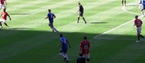 Chelsea e Manchester United jogam hoje às 17h30