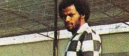 Salvador marcou o golo da única vitória axadrezada