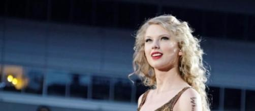Taylor Swift 'libera da Styles con Calvin Harris