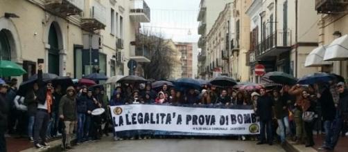 'Avanguardia' in un corteo per la legalità