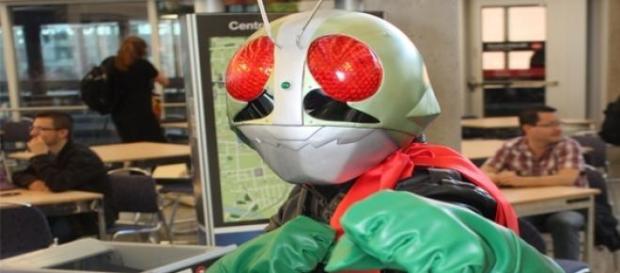 Kamen Rider lupta impotriva teroristilor