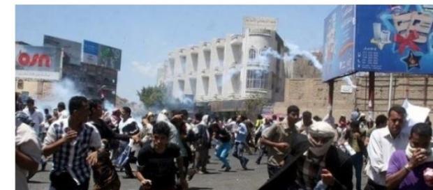 Români blocați în zona de conflict Yemen