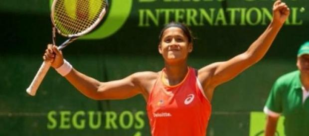 Teliana vence o WTA de Bogotá.