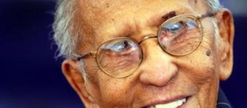 Lester Peries quase com 96 anos